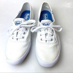 Keds Champion Sneakers White Canvas Size 7 Narrow